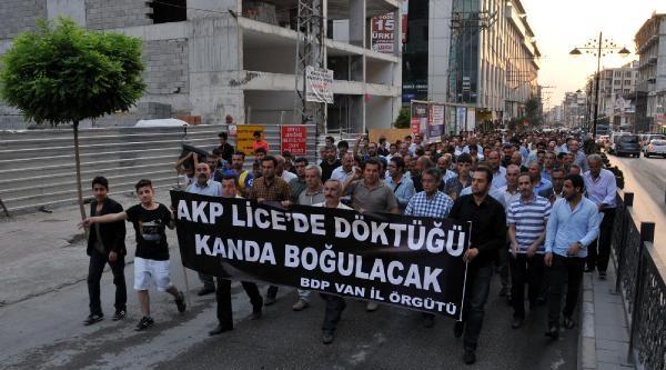 Van'da Lice Olayları Protesto Edildi