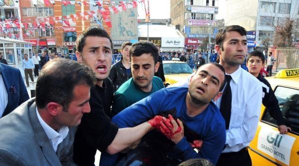 Van'da Mitingde Polis Havaya Ateş Açtı: 1 Kişi Yaralandı