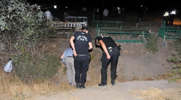 Van'da Polis Aracına Silahlı Saldırı (2)
