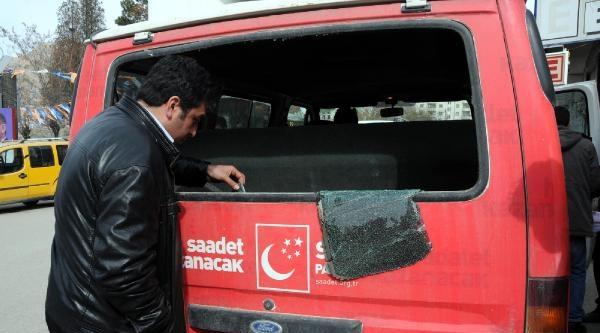 Van'da Sp'nin Seçim Minibüsüne Saldırı