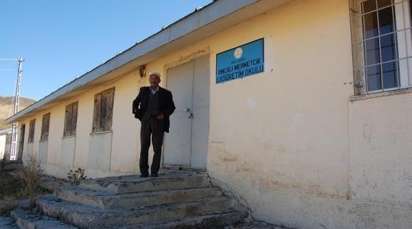 Varto'da Göç Yüzünden 37 Okul Kapandi