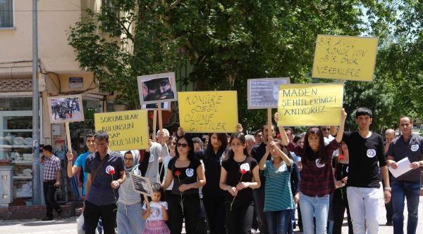 Viranşehir Ve Gölbaşı'nda Soma Protestosu