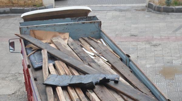 Viranşehir'de 2 Ton Kaçak Akaryakıt Ele Geçirildi