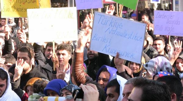 Viranşehir'de Başbakan'a Destek Eylemi