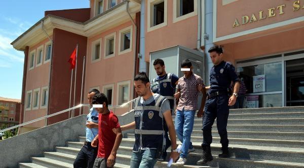 Viranşehir'de Hırsızlık İddiasina 2 Tutuklama