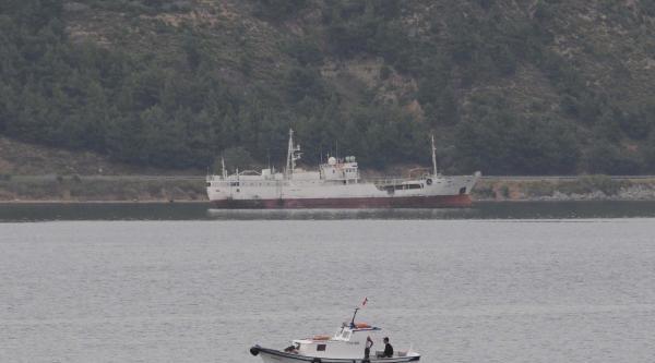 Vukuatlı Gemi Çanakkale Boğazı'nda Demirletildi