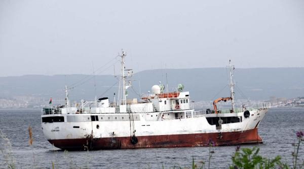 Vukuatlı Gemi Çanakkale Boğazı'nda Demirletildi - Ek Fotoğraf