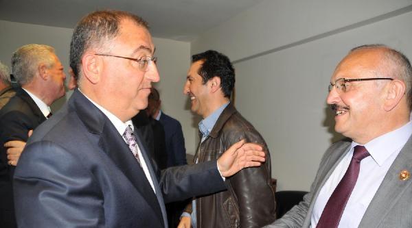 Yalova Belediye Başkanı Chp'li Salman, Ak Parti'yi Ziyaret Etti