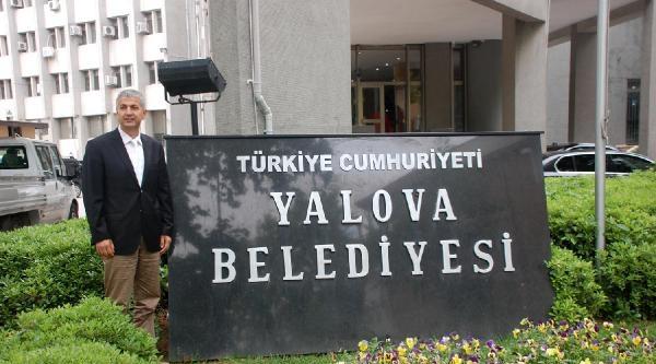 Yalova Belediye Tabesabında 't.c.' Yerine 'türkiye Cumhuriyeti' Yazıldı