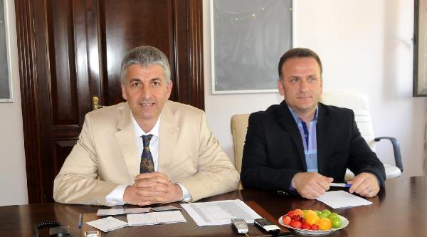 Yalova'da Tartışmalara Neden Olan Belediye Meclisi Toplantısı İptal Edildi