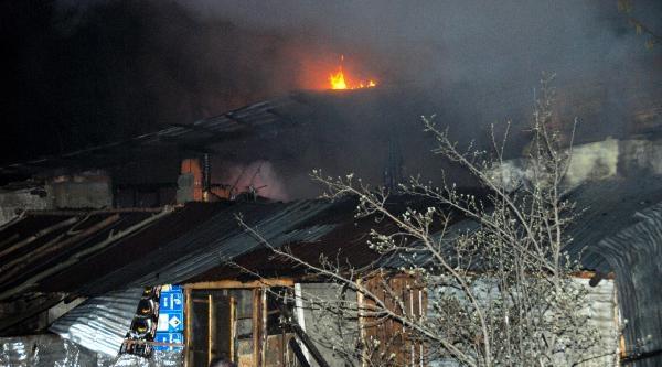 Yalvaç'ta Korkutan Yangın