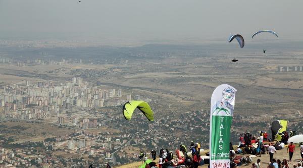 Yamaç Paraşüt Şampiyonasi Yarın Sona Eriyor