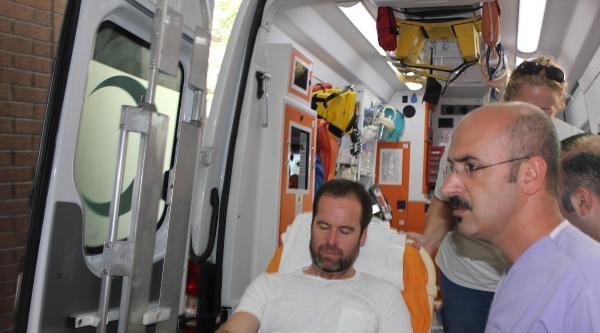 Yaralı Amerikalı Gazeteciler Türkiye'ye Getirldi