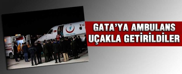 Yaralı askerler ambulans uçakla Ankara'ya getirildi
