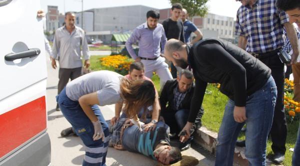 Yaralı Bisiklet Sürücüsünün Yardıma Polisler Koştu