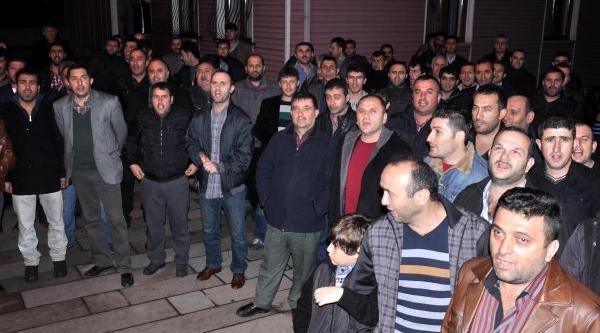 Yardim Sandiğindaki Yönetmelik Değişikliğine Madenci Protestosu