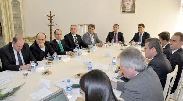 Yargi- Medya Çaliştayi Adana'da Başladi
