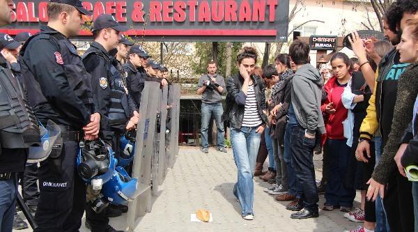 Yeditepe Üniversitesi Önünde Seçim Karavanı Gerginliği