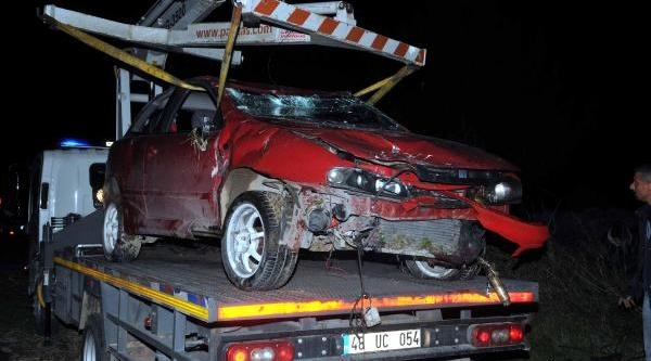 Yeni Aldiği Otomobiliyle Kaza Yapti
