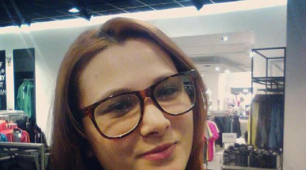 Yeniden /// Küçükçekmece'de Pompalı Dehşeti: Genç Kadını Vurdu Yanında Oturup Telefonla Konuştu