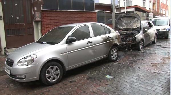 Yeraltı Kabloları Patladı Otomobiller Yandı