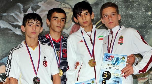 Yıldız Grekoromen Milli Takımımız Dünya Güreş Şampiyonasini Bir Gümüş, 2 Bronz Madalya İle Tamamladı