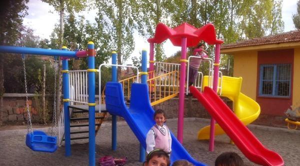 Yozgat İl Özel İdaresi'nden 79 Köye Daha Çocuk Parkı