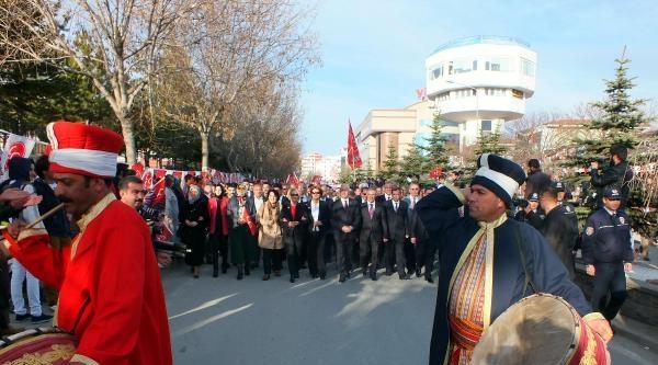Yozgat'ta 5 Bin Kişi Mhp Adayına Destek İçin Yürüdü