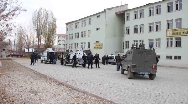 Yüksekova'da Okulda Gerginlik