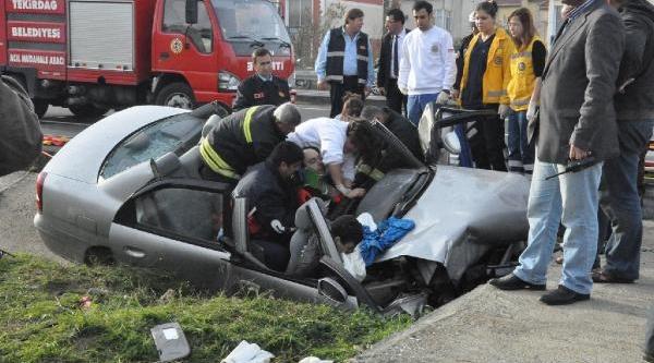 Yunan Sürücünün Kullandiği Otomobil Kanala Uçtu: 1 Ölü, 4 Yarali