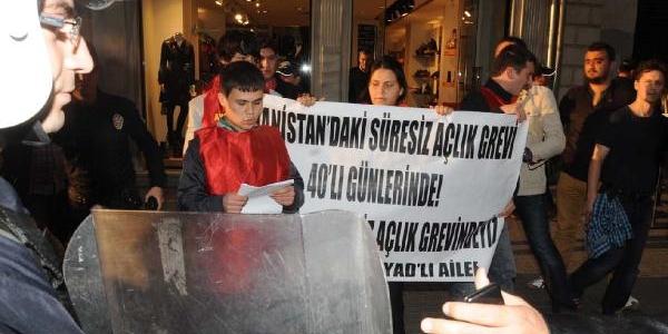 Yunanistan Konsolosluğu Önünde 5 Gözalti