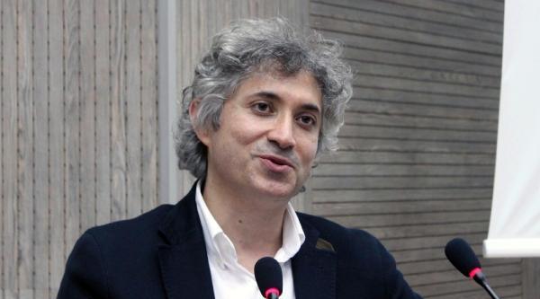Yüz Nakli Uzmanı Prof. Dr. Ömer Özkan Elazığ'da
