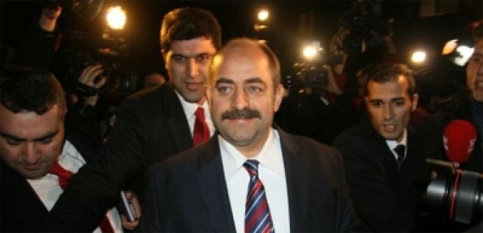Zekeriya Öz'den PKK Tweeti...