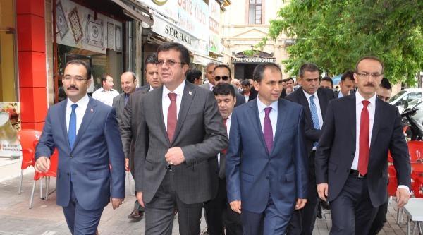 Zeybekci: Cumhurbaşkanlığı Seçimi Nedeniyle Olaylar Çikartilmaya Çalişiliyor