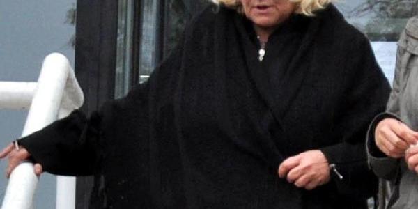 Zihinsel Engelli Kizina Fuhuş Yaptiran Anneye 2.5 Yil Hapis