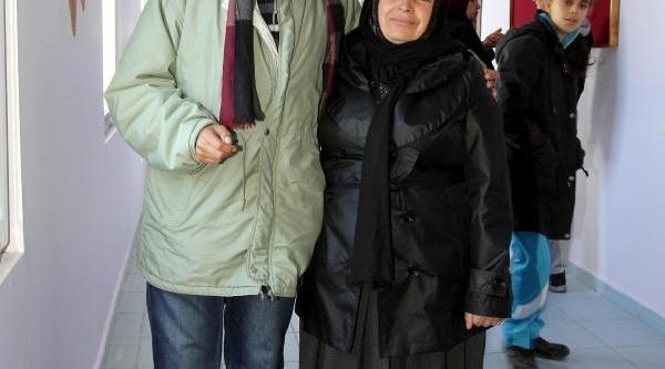 Zihinsel Engelli Murat'in Anne Sevgisi