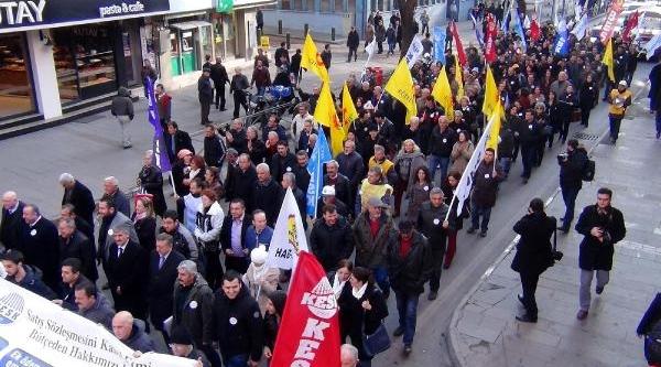 Zonguldak'ta Ayakkabi Kutulu Eylem