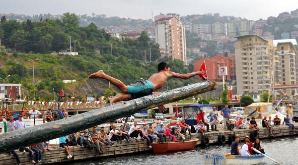 Zonguldak'ta Denizcilik Ve Kabotaj Bayramı Kutlandı (2)