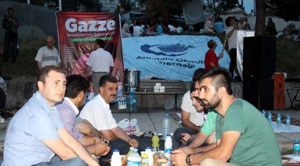 Zonguldak'ta Gazze Halkına Destek İftari