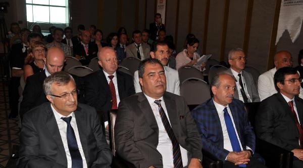 Zonguldak'ta, 'karadeniz, Balkan Ekonomik Ve Politik Araştırmalar Sempozyumu'