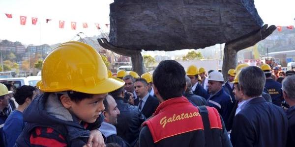 Zonguldak'ta Madenci Aniti Açildi