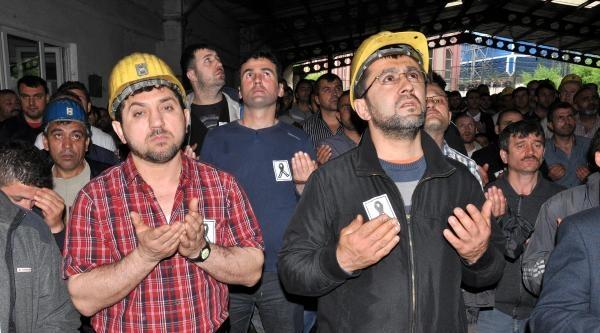 Zonguldak'ta Madenciler Soma İçin İş Bıraktı