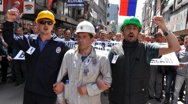 Zonguldak'ta Madenciler Soma İçin İş Bıraktı (2)