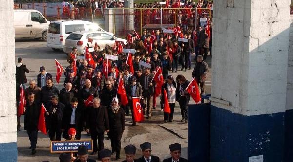 Zonguldak'ta Sarikamiş Şehitlerini Anma Yürüyüşü
