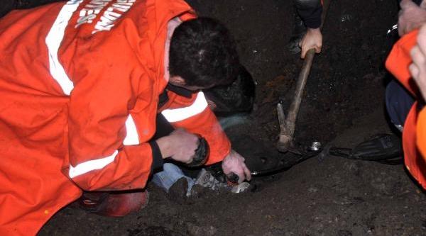 Zonguldak'ta Toprak Kaymasi: 1 Yarali