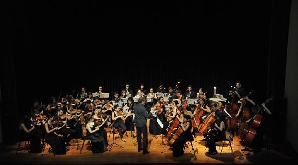 Zorlu Center'da Dünya Barış Günü Konseri